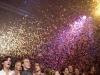 Grote hoeveelheden confetti de lucht in blazen tot 15 meter hoog met de Super Blaster