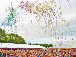 Bestel je metallic streamer shooters bij Partyvuurwerk. De grootste en goedkoopste van Nederland!