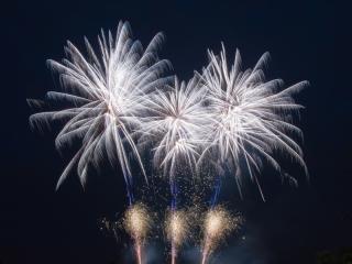 Xena Vuurwerk verzorgt op uw trouwdag of bruiloft een spectaculaire afsluiting door middel van een vuurwerkshow